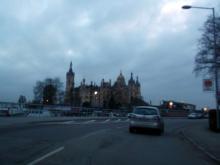 Ankunft in Schwerin. Das Schweriner Schloß. (18.12. 2.013)