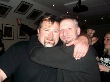 Betontod Stage Crew Chef Enrico & der mittlerweile im Wellengang befindliche Danny B Helm @ Betontod Aftershow Party, Rheinberg (20.12. 2.013)